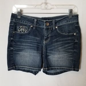 ANA A New Approach  Distressed Jean Shorts Sz 4
